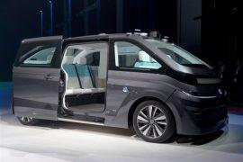 Navya lance Autonom Cab : un taxi qu'on commande au doigt et à l'œil