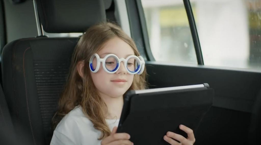 4d184de206 Des lunettes pour éviter le mal des transports | Opteven Lab